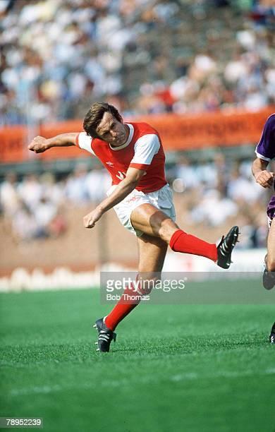 August 1982 Rotterdam Tournament Arsenal v Austria Vienna John Hollins Arsenal