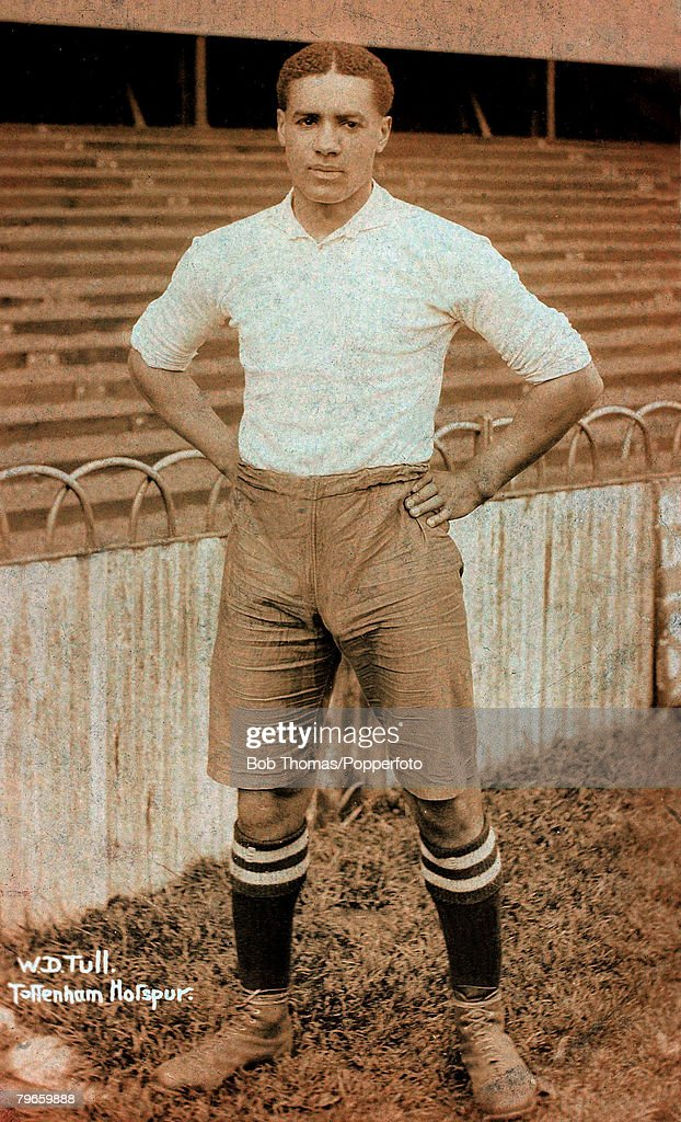 Sport, Football, pic: circa 1910, Walter Tull, born in Folkestone, Kent in 1888, the first outfield black footballer in Britain, He was born to mixed race parentage but was to spend his childhood in an orphanage, He played football for Clapton and was spo : News Photo