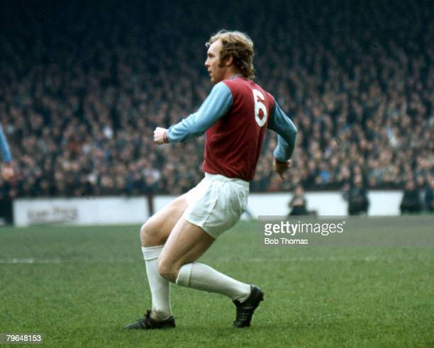 circa 1970 Bobby Moore West Ham United defender 19581973 who won 108 England international caps between 19621974