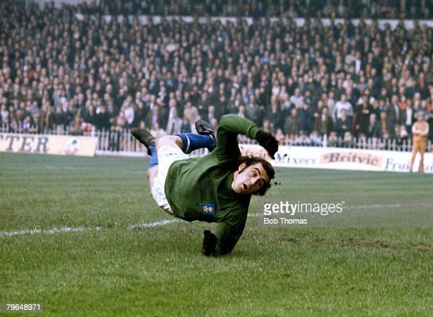 circa 1970's Peter Shilton Leicester City in diving action shot