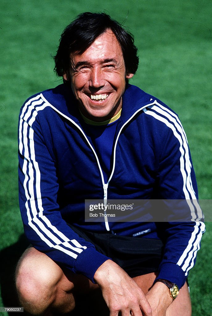 Sport. Football. pic: circa 1980. A portrait of former England goalkeeper Gordon Banks. : News Photo