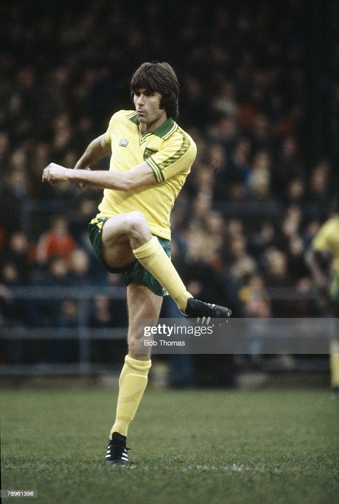 Sport. Football. pic: circa 1980. Keith Robson, Norwich City 1977-1980. : News Photo
