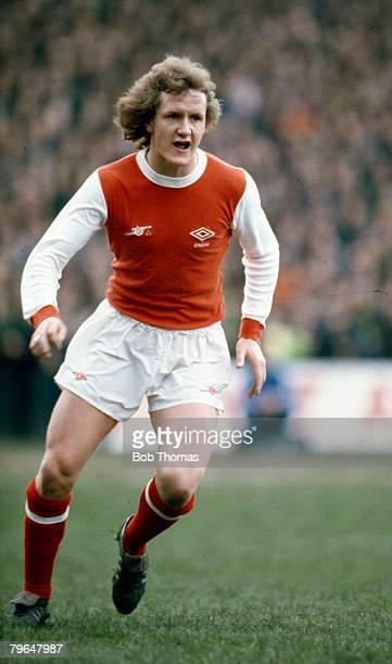 circa 1981 Peter Nicholas Arsenal midfielder who won 73 Wales international caps between 19791992
