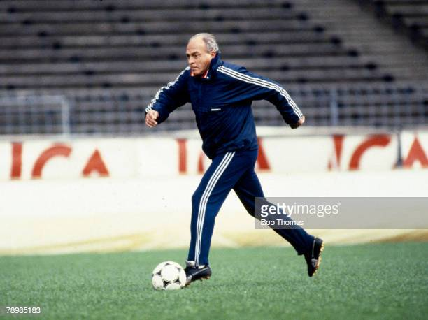 circa 1983 Alfredo Di Stefano Real Madrid Coach and former star player for the club who played international for 3 countries Argentina Colombia and...