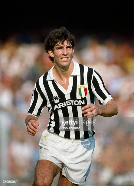 circa 1983 Italian League Serie A Paolo Rossi Juventus Paolo Rossi Italy striker who was a World Cup winner with Italy in 1982 and won 48...
