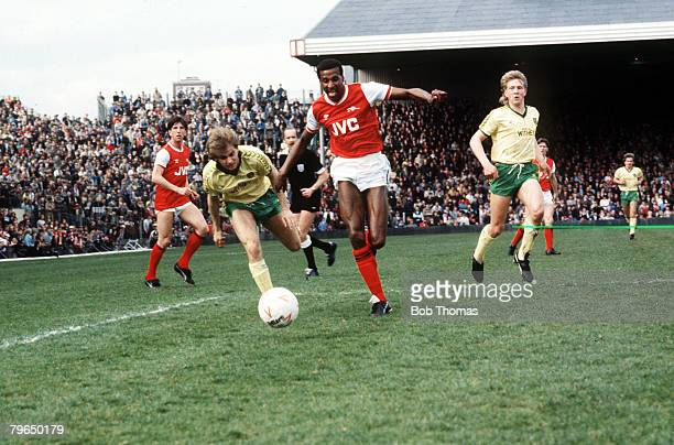 circa 1985 Division 1 Arsenal v Norwich City at Highbury Arsenal defender Viv Anderson centre on an attacking run