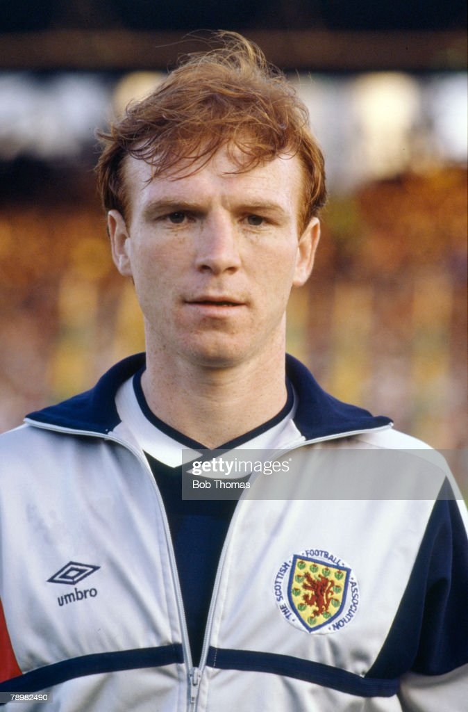 Sport. Football. pic: circa 1986. International Match. Alex McLeish, Scotland, who played in 77 international matches for Scotland between 1980-1993. : News Photo