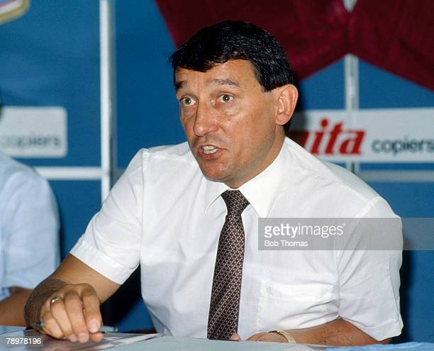 Circa 1987, Graham Taylor, Aston Villa Manager 1987-1990, Graham Taylor went on to become England Manager 1990-1993