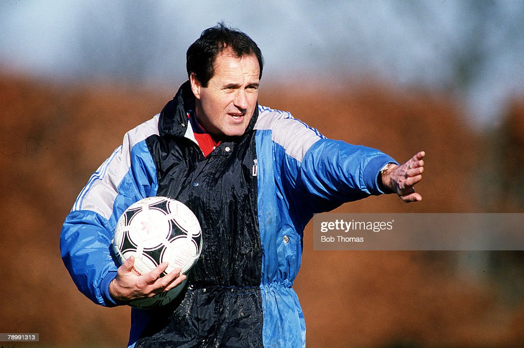 Sport. Football. pic: circa 1991. Arsenal Training. Arsenal Manager George Graham taking a training session. : News Photo