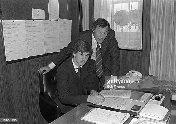 Sport Football pic January 1984 Tony Adams signs professional forms for Arsenal watched by the Manager Terry Neill