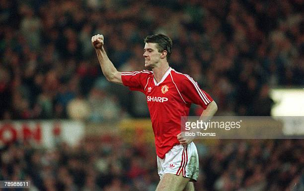 January 1990 Division 1 Manchester United 1 v Derby County 2 Manchester United's Gary Pallister celebrates after scoring