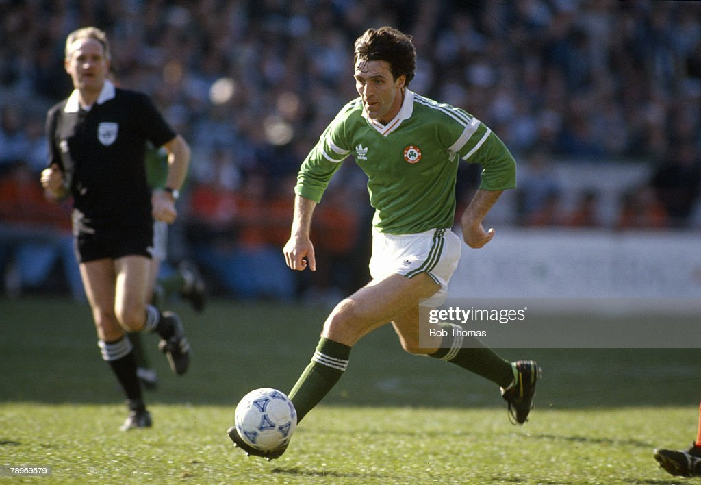 Sport. Football. pic: March 1990. Friendly International in Dublin. Republic of Ireland 1 v Wales 0. Bernie Slaven, Republic of Ireland, who won 7 Republic of Ireland international caps between 1990-1993. : News Photo