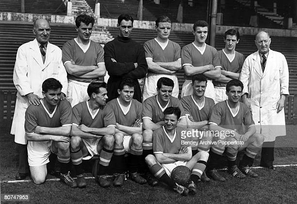 May 1957 Manchester United FC Back row leftright Bill Inglis Geoff Bent Ray Wood Mark Jones Bill Foulkes Dennis Viollet Tom Curry Front row Jackie...