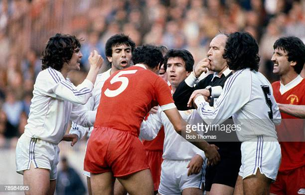 October 1985 European Cup Final in Paris Liverpool 1 v Real Madrid 0 Liverpool's Ray Kennedy is about to receive a yellow card from the referee as...