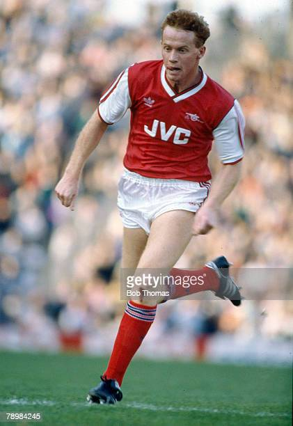 October 1986 Division 1 Perry Groves Arsenal striker