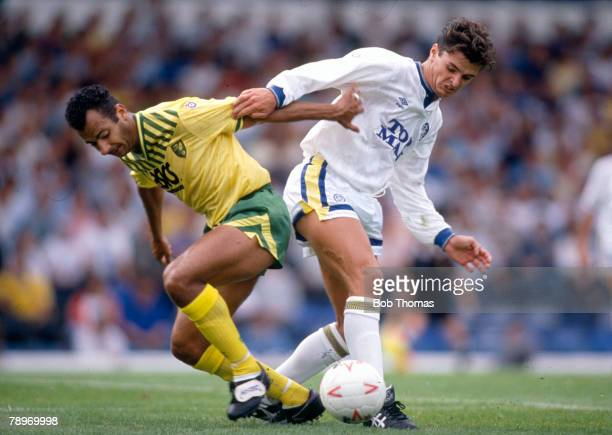 September 1990 Division 1 Leeds United v Norwich City Norwich City's Dale Gordon left tangles with Leeds United's Gary Speed