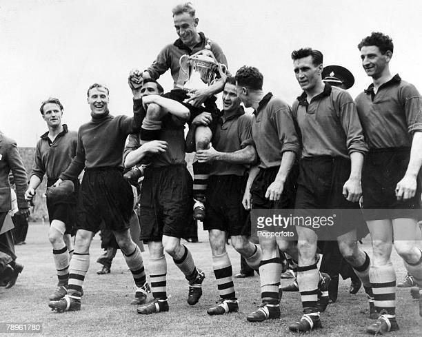 30th April 1949 1949 FA Cup Final at Wembley Wolverhampton Wanderers 3 v Leicester City 1 Wolverhampton Wanderers' captain Billy Wright is chaired by...