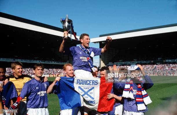 Sport Football Scottish Premier Division Ibrox 13th May 1989 Rangers 0 v Aberdeen 3 Rangers captain Terry Butcher holds the Championship trophy aloft...