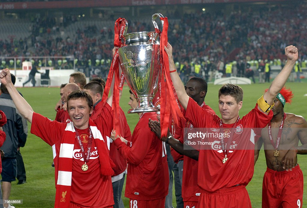 BT Sport, Football, UEFA Champions League Final, 25th May 2005, Ataturk Stadium, Istanbul, AC Milan 3 v Liverpool 3, ( Liverpool won 3-2 on penalties), Liverpoool captain Steven Gerrard ( right) & Vladimir Smicer celebrate with the trophy : News Photo