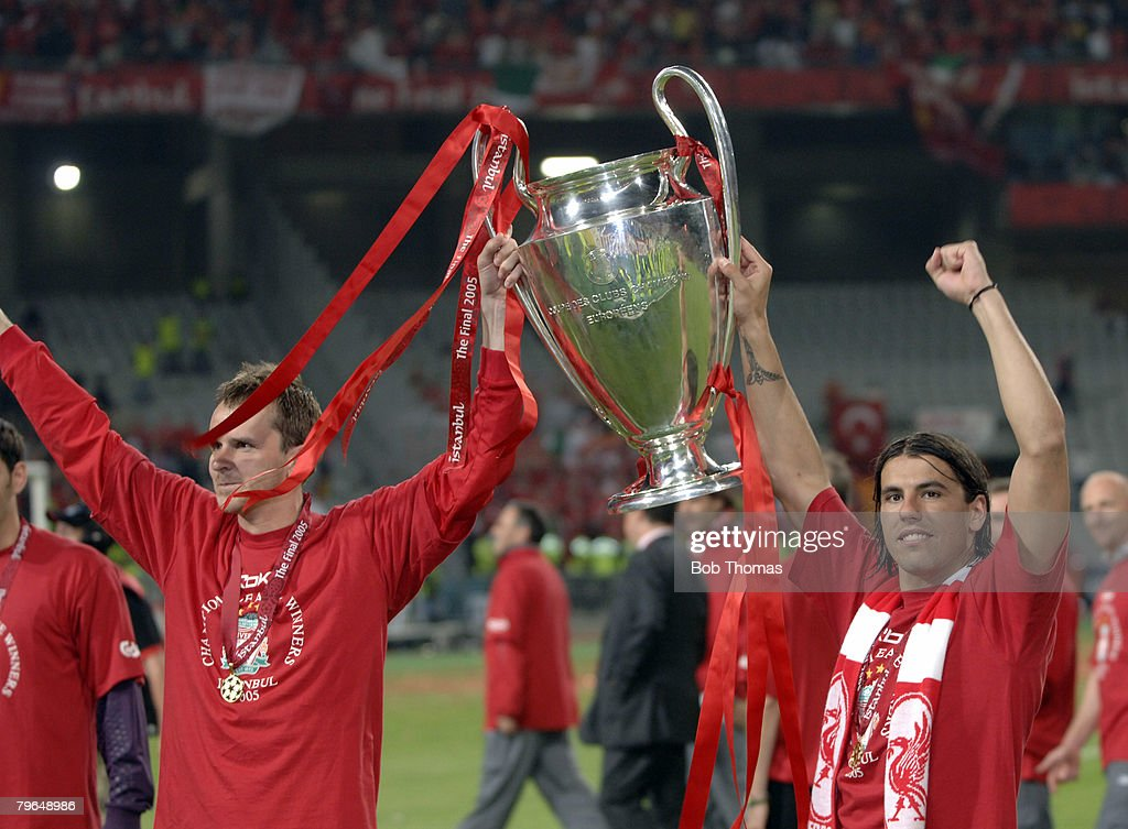 BT Sport, Football, UEFA Champions League Final, 25th May 2005, Ataturk Stadium, Istanbul, AC Milan 3 v Liverpool 3, ( Liverpool won 3-2 on penalties), Liverpool's Dietmar Hamann and Milan Baros celebrate with the trophy : News Photo