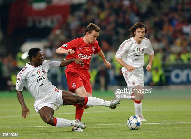 Sport Football UEFA Champions League Final 25th May 2005 Ataturk Stadium Istanbul AC Milan 3 v Liverpool 3 Liverpool's Vladimir Smicer wis tackled by...
