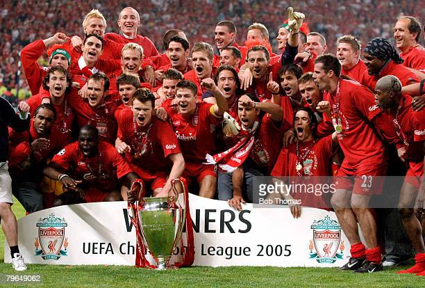 Sport Football UEFA Champions League Final 25th May 2005 Ataturk Stadium Istanbul AC Milan 3 v Liverpool 3 The Liverpool team celebrate with the...