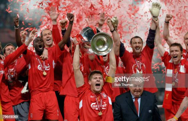 Sport Football UEFA Champions League Final 25th May 2005 Ataturk Stadium Istanbul AC Milan 3 v Liverpool 3 Liverpool captain Steven Gerrard...