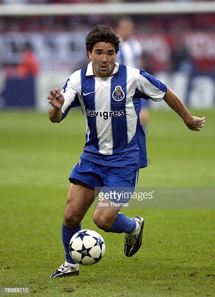 Sport Football UEFA Champions League Final Gelsenkirchen 26th May 2004 AS Monaco 0 v FC Porto 3 Deco of Porto