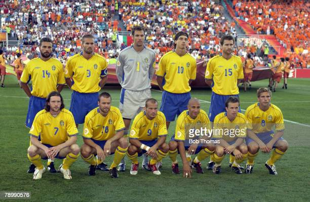 Sport Football UEFA European Championships Euro 2004 Algarve FaroLoule 26th June 2004 Quarter Final Holland 0 v Sweden 0 after extra time Holland won...