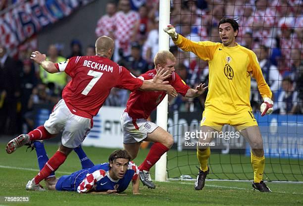 Sport, Football, UEFA European Championships, Euro 2004, Estadio Da Luz, Lisbon, 21st June 2004, Croatia 2 v England 4, Paul Scholes moves away to...