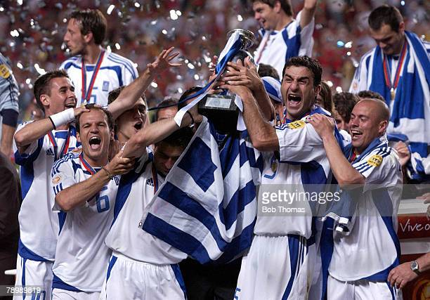 Sport Football UEFA European Championships Euro 2004 Estadio Da Luz Lisbon 4th July 2004 Final Portugal 0 v Greece 1 Greece celebrate with the trophy...