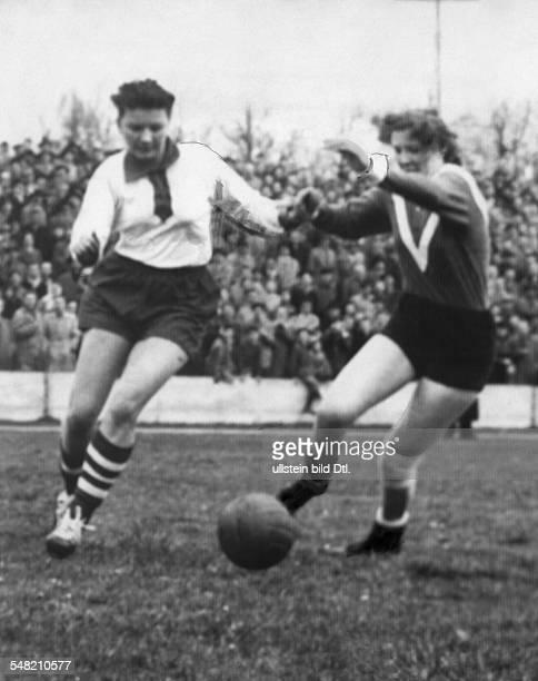 Sport, football, women: International match Germany - Holland in munich 4:2 match scene , Miss Rimscheid . 17.march 1957