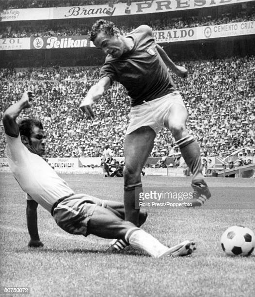 Sport Football World Cup Final 1970 Mexico City Mexico 21st June Brazil 4 v Italy 1 Italy's Luigi Riva is tackled by Brazilian defender Brito who...