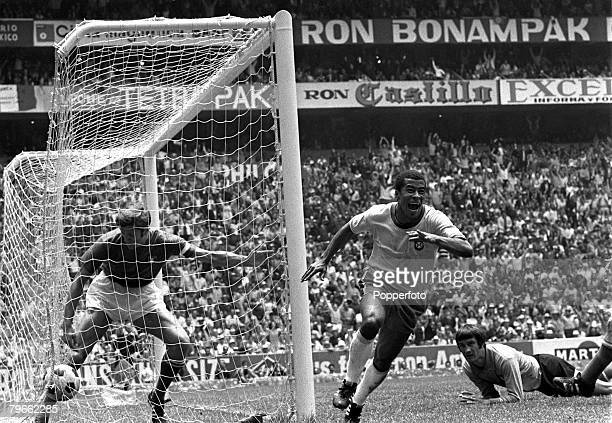 Sport Football World Cup Final Mexico City Mexico 21st June 1970 Brazil 4 v Italy 1 Brazil's Jairzinho shows his delight after scoring his team's...