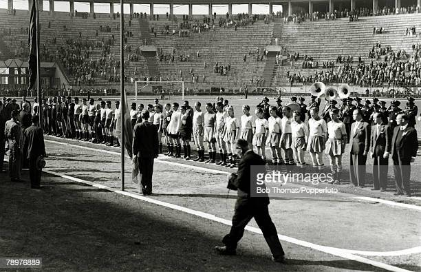 Sport Football World Cup Finals 13th July 1950 Sao Paulo Brazil Uruguay 3 v Sweden 2 The Sweden right and Uruguay teams lineup before the match...