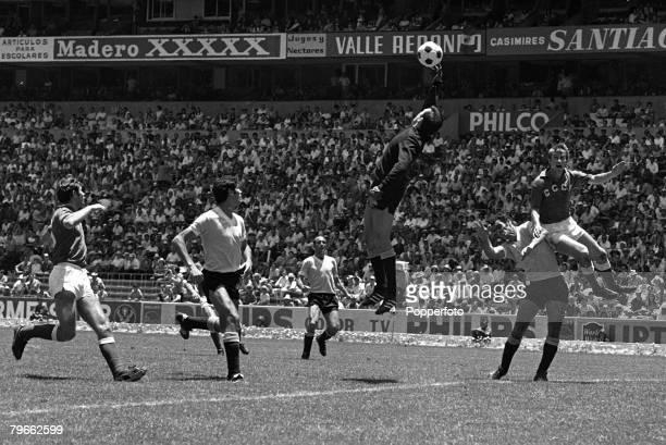 Sport Football World Cup Finals Mexico City 14th June 1970 Quarter Final Uruguay 1 v Soviet Union 0 Uruguay goalkeeper Marzurkiewicz attempts to...