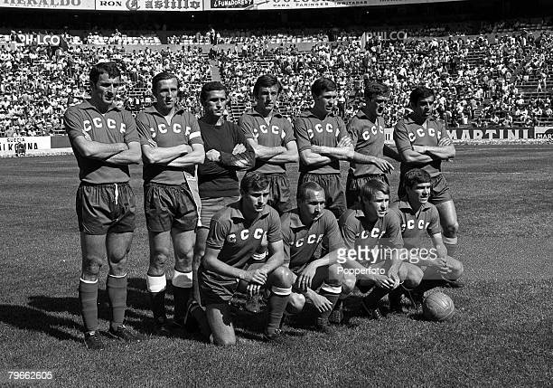 Sport Football World Cup Finals Mexico City 6th June 1970 Group One Belgium 4 v Soviet Union 1 The Soviet Union team line up together for a team...