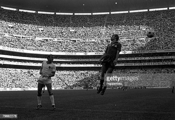Sport Football World Cup Finals Mexico City Mexico 6th June 1970 Group One Russia 4 v Belgium 1 Belgium's Georges Heylens clears past Russia's...