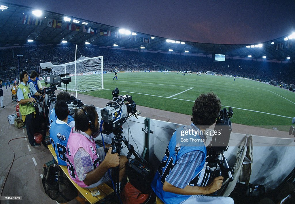 BT Sport, Football, World Cup Finals, Rome, Italy, 25th June 1990, Italy 2 v Uruguay 0, Close-up of the press and television cameramen behind the goal during the match : News Photo