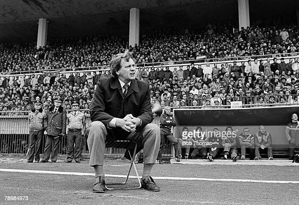 Sport Football World Cup Qualifying match 14th November 1984 Istanbul Turkey v England England manager Bobby Robson sits alone on a stool as he...