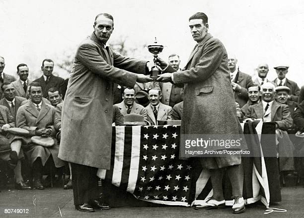 Sport Golf 1929 Ryder Cup at Moortown Leeds Samuel Ryder the donor of the Ryder Cup presents the trophy to winning captain Great Britain's George...