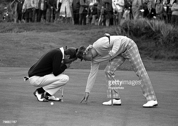Sport Golf British Open Championships Troon Scotland 16th July 1973 USA's Tom Weiskopf and compatriot Johnny Miller get together to repair pitch...