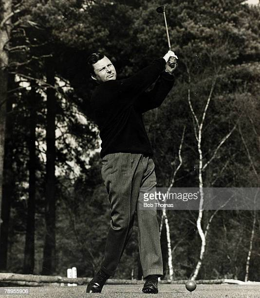 Sport, Golf, England, pic: 1960's, English golfer Peter Alliss in action at Wentworth