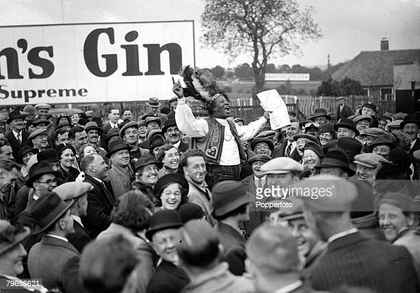 """Sport, Horse Racing, pic: 29th May 1938, Epsom, Racing tipster """"Prince"""" Monolulu surrounded by an enthusiastic crowd prior to the running of the..."""