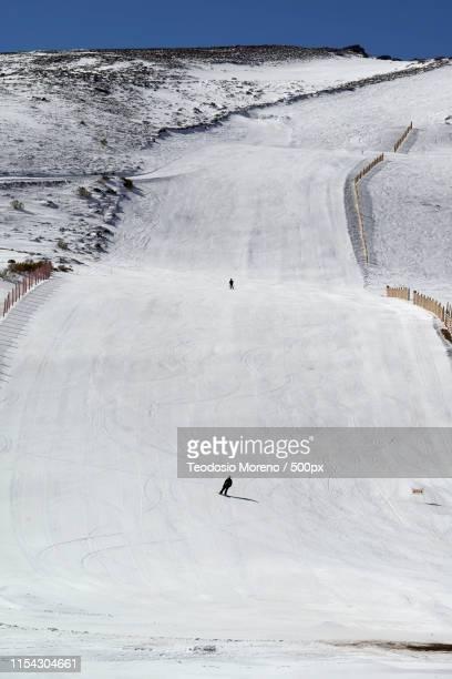 sport in the snow - teodosio moreno fotografías e imágenes de stock
