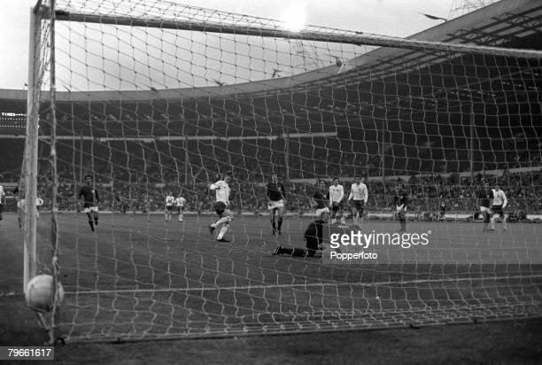Sport International Football European Nations Qualifier Wembley England 12th May 1971 England 5 v Malta 0 England's Allan Clarke scores the third...