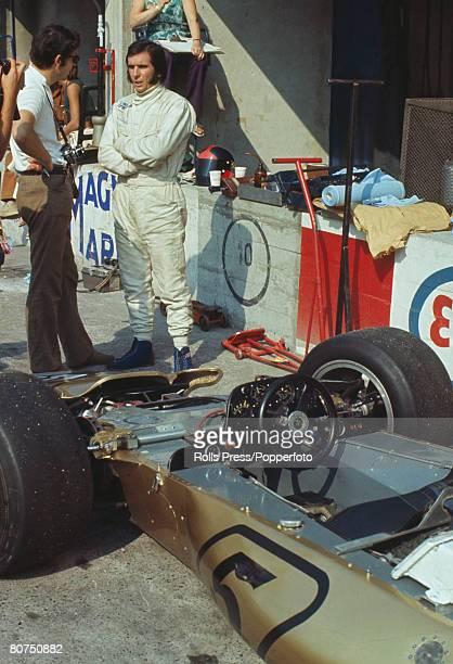 1971 Italian Grand Prix at Monza Brazilian driver Emerson Fittipaldi in the pits at Monza Emerson Fittipaldi was the Formula One Drivers World...