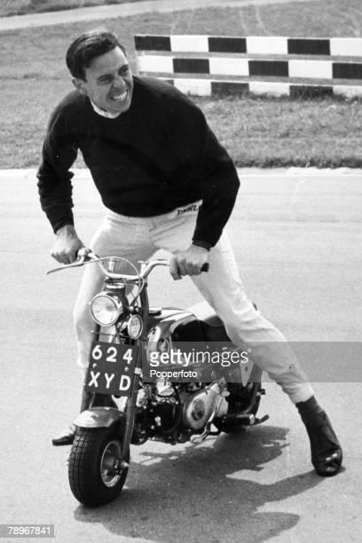 Sport, Motor Racing, Formula One, pic: 24th June 1964, Great Britain's Jim Clark has fun on a mini Japanese motor cycle, Jim Clark, a Scot, won the...