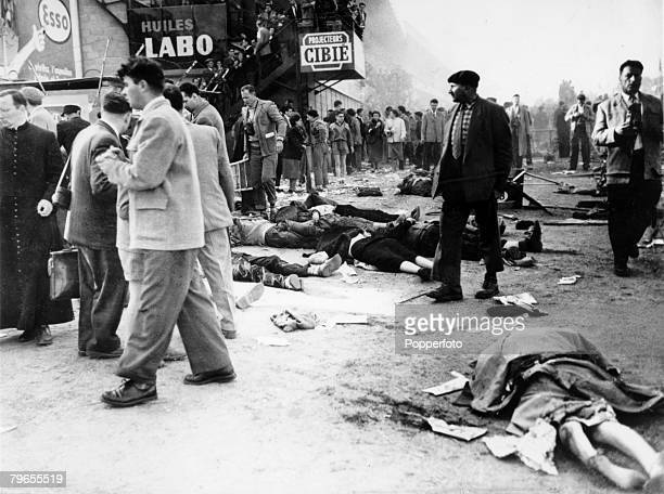 Sport Motor Racing Le Mans 24 Hour Race pic 11th June 1955 Dead bodies of some of the crowd killed when French driver Pierre Levegh crashed his...
