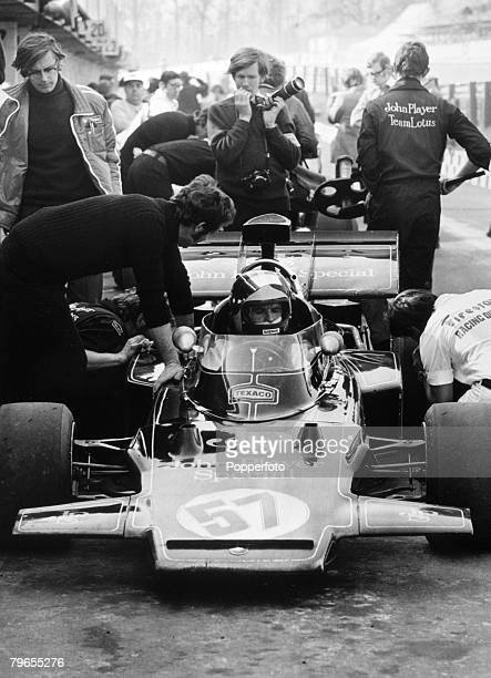 17th March 1972 Brands Hatch England Race of Champions Emerson Fittipaldi Brazil in the John Player Special in the pits during the practice session...